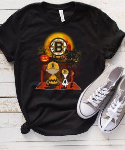 Snoopy and Charlie Brown Pumpkin Boston Bruins Halloween Moon shirt